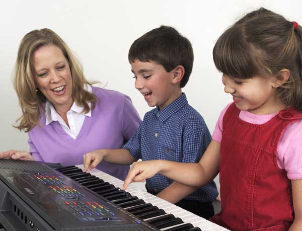 Group Piano classes for children